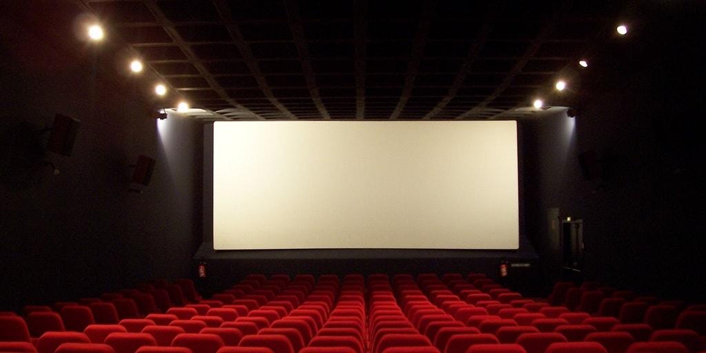パニック発作 映画館